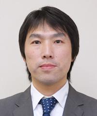 山田 規三生