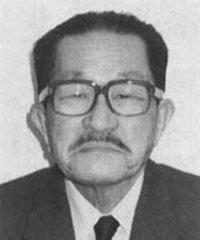 瀬川 良雄